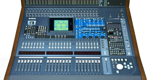 YAMAHA DM2000 v2 | Studio Recording Mastering Music Productions. Cue Studio Records is a modern and well-equipped recording and mastering studio in Thessaloniki.